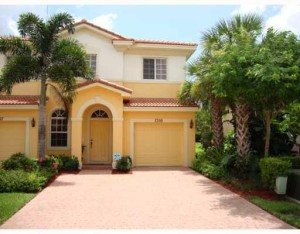 FLORIDA TOWNHOUSES FOR SALE
